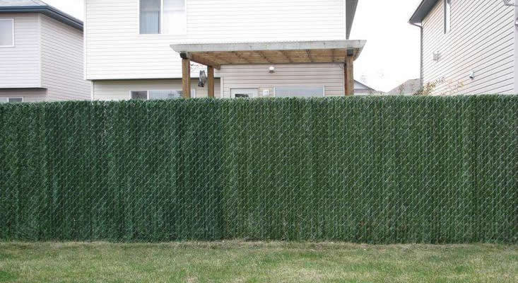 Hedge Slat Privacy Fence Toronto